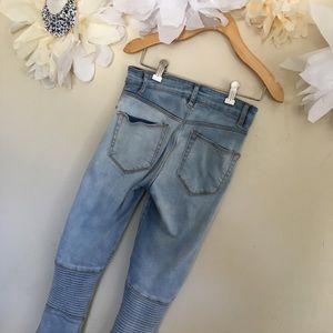 ASOS | Light Wash Distressed Moto Jeans | Size 26